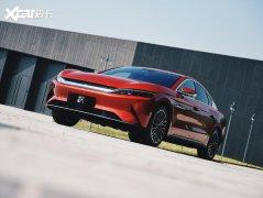 比亚迪汉EV欧洲首发 竞争特斯拉Model 3