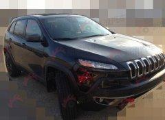 Jeep自由光实拍曝光 预计明年引进